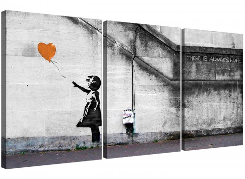 set-of-3-banksy-balloon-girl-canvas-art-hallway-3225.jpg